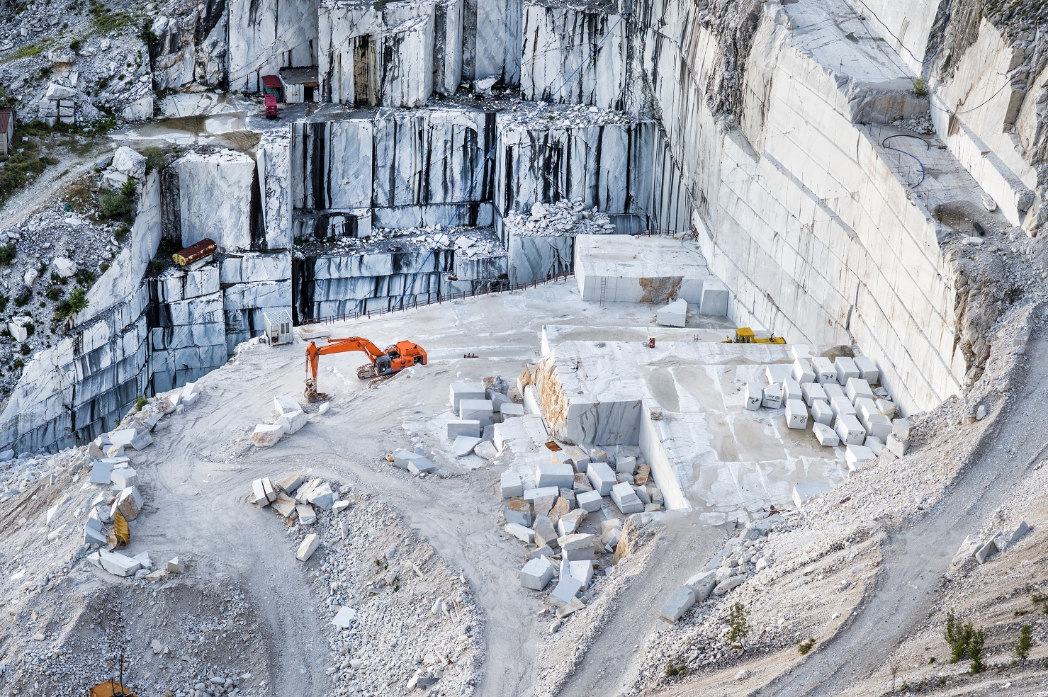 Villa Gilda - marble quarry in Carrara